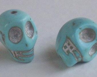 2 turquoise skull beads 13 x 12 mm - howlite