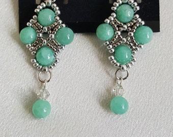 Light green gemstone dangle earring
