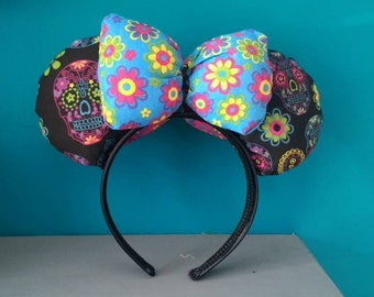 Black Day of the Dead Mickey / Minnie Mouse Ears