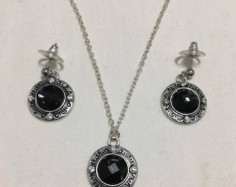 Black Faceted Focal with SIlver Disks (#267)