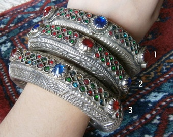 One kuchi bangle for tribal belly dance