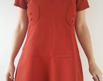 Dress / women / vintage / rust.