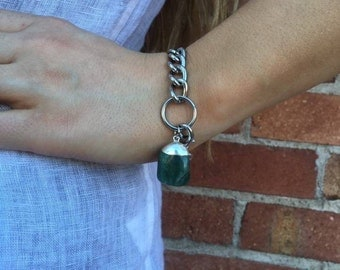 Green Quartz and Plated Iron bracelet