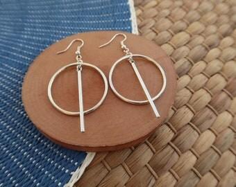 Minimalist geometric earrings in silver