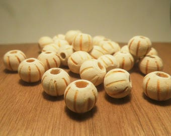 15 round wood beads 8mm beige striped
