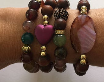 Bead Bracelet Set/Wood/Agate/Gold Accents