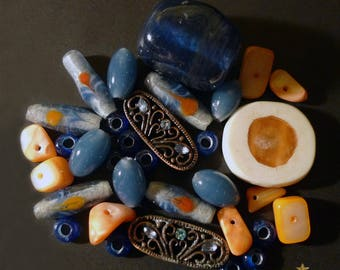 32 handcrafted beads glass Indonesian and metal