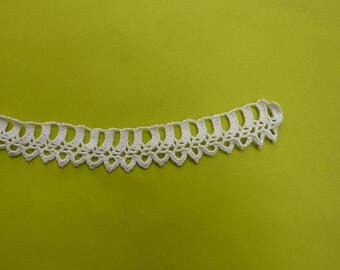 Tatting 90 cm and 2 times 33 cm antique crochet lace