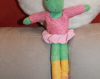 Anabelle Grasshopper dancer