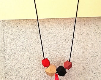 Minimal design, wood and leather silicone necklace