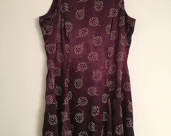 L // XL Plum Silk Daisy Print Dress