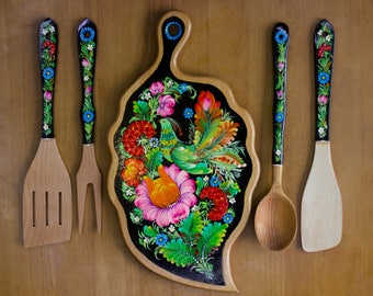 Wooden sets for kitchen. Cutting board,wooden spoon, fork,spatual, skimmer. The best gift