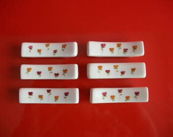 "Knife rests in porcelain ""Flower hearts"" hand decorated"