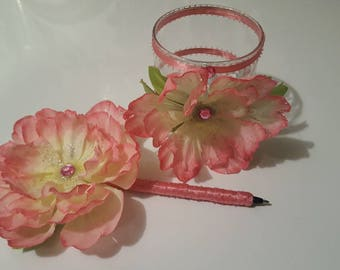 Custom Pens/flower pens/Pretty pink in color/set of 2/special occasions/Signing pen/Guest Book pen