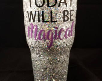 Custom glitter Tumblers order your favorite color. (send me a message with the information.