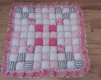 Puff baby rug