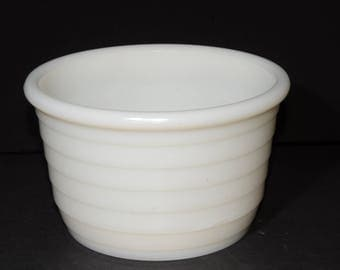 Vintage, White, Milk Glass, Ribbed, Mixing Bowl, Batter Bowl, Round, White Kitchen, Vintage Bakeware, Serving Bowls, Planter Bowl, Fruit