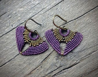 Macrame earrings, handcrafted earrings, seed beads, amethyst color
