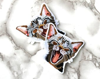ONE Cute Cat Iron On Patch, Pets Fabric Patch, Embroidered Patch, Free Spirit, Birthday Gifts For Mom Under 10, Funny Kitten Fashion Patch