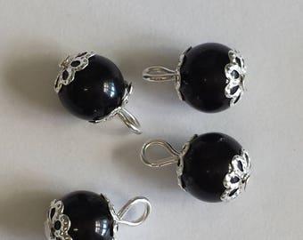 5 pendants 8mm black glass beads