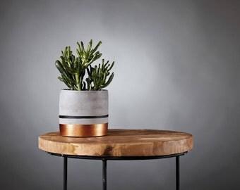Pot de fleurs en béton DINARD / Concrete planter / Jardinière noir et cuivré / Artisanat Bretagne / Cache-pot / Cadeau