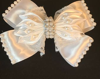 Bows, bows for girl grained for baptisms, first communions and weddings, ideal for gift, for Christmas and Thanksgiving