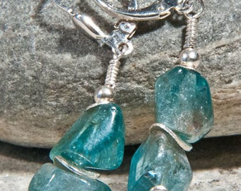 Pendant earrings made of apatite with 925 silver