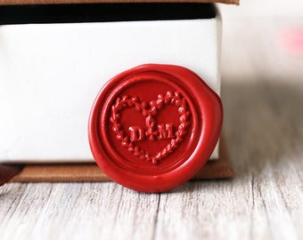 Custom heart two initials wax seal stamp kit, Personalized wedding wax seal, wedding gift,party wax seal stamp set, heart wreath stamp