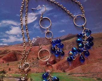 Iridescent Blue Teardrop Cluster Necklace Set