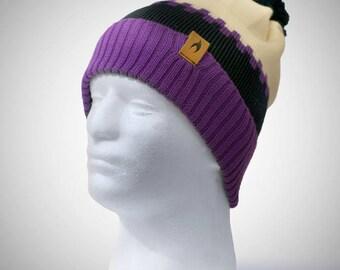 The Ice Cap - Merino Wool Bobble Hat in Deep Purple