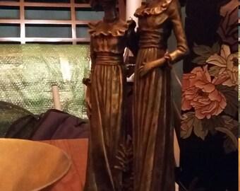 Bronze look statue 17th century women. Perfect condition.