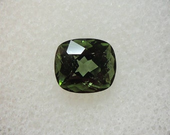 Forest green tourmaline, Africa, cushion, 1 size, 55ct, 6.3 x 7.0 mm