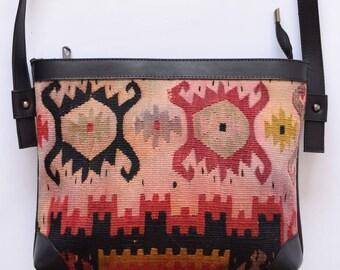Kilim Bag-010 Front Side Kilim Back Side Leather Handbag Vintage Kilim Rug Bohemian Bag Boho Bag Hippie Bag
