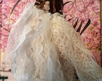 lace supply doll
