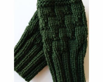 OLIVE GREEN Darting Diagonals Fingerless Gloves, Merino Wool Knit Mitts / Gauntlets, Glovelets, Mitts, Mittens, Texting