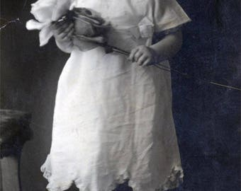 vintage photo 1909 Beauty Baby Holds Roses Flowers In Hand and at Feet