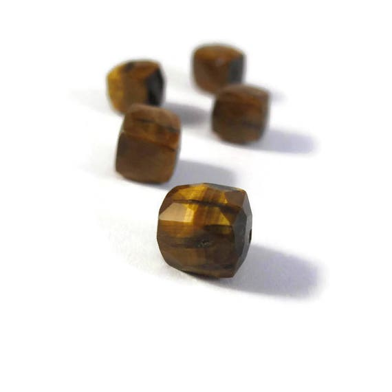 Five Tigers Eye Beads, Beautiful Golden Gemstones Cubes, Natural Gemstones for Making Jewelry, 6.5mm x 6.5mm - 8mm x 8mm, 5 Stones (S-Te2b)