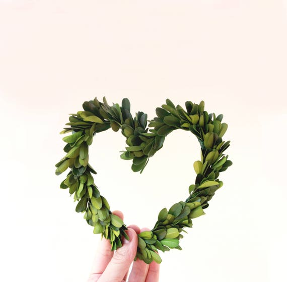 Boxwood heart wreath, Natural home decor, Preserved boxwood, Mini boxwood Leaf wall hanging, Wedding decoration, preserved greenery