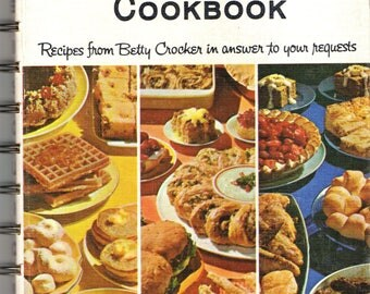 THE BISQUICK COOKBOOK | Recipes from Betty Crocker 1960s First Edition