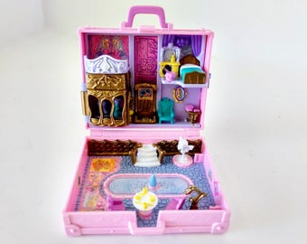 Polly Pocket Dolls, Polly in Paris Pink Weekend Suitcase, Bluebird Toy Compact, Vintage 1996 Playset, pink vacation fun travel bag, no doll