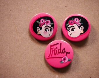 Brooches SET 3 illustrated pin with Frida in pink