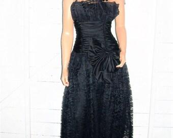 Vintage Scott McClintock Black Lace Goth Strapless Dress 6