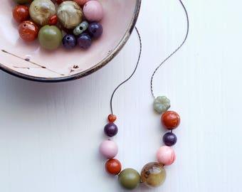 aprirsi - necklace - vintage lucite