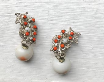 Miriam Haskell 1940s Vintage White Glass and Orange Beaded Silver Clip On Earrings Jewelry