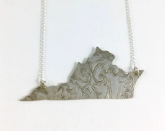 Virginia Necklace, Virginia Gift, Virginia Map Necklace, Virginia Jewelry, Virginia charm, Vintage Virginia, Virginia Seal, Virginia Pendant