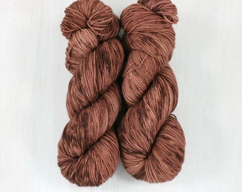 FAVE sock: DAPPLED SIENNA, super wash merino