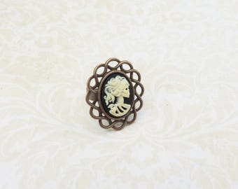 Lady skull adjustable cameo ring , with mini resin cabochon lace bronze base , gothic style