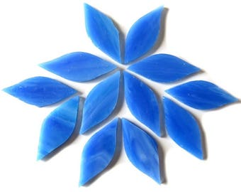 20pc. 38mm Periwinkle Blue Pink TIFFANY Stained Glass Petal Shaped Mosaic Tiles//Mosaic Supplies//Mosaic Pieces//Crafts