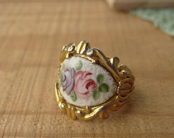Vintage Guilloche Ring - Purple Pink Cabbage Rose - 1960s Rose Ring - Vintage Ring - Size 5 Band Ring