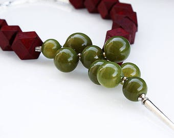 Glass Lampwork and Wood Necklace - Forma - Bordeaux and Olive - Handmade by Artist.